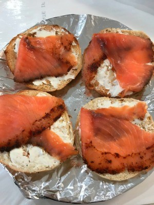 Bagels with cream cheese and smoked salmon.