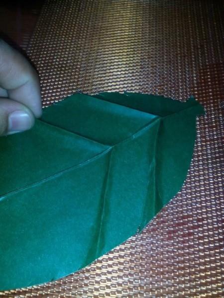 Folded Paper Leaf - work on both sides of the center line