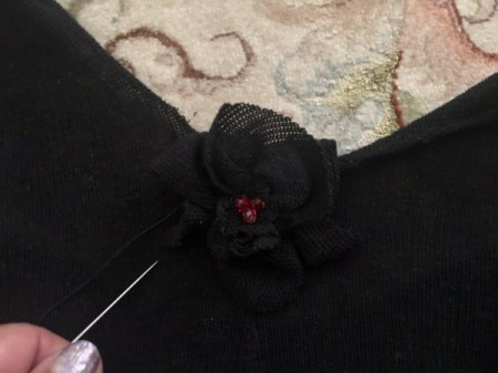 Mini Flower Crop Top from Leggings - place flower in center of the crop