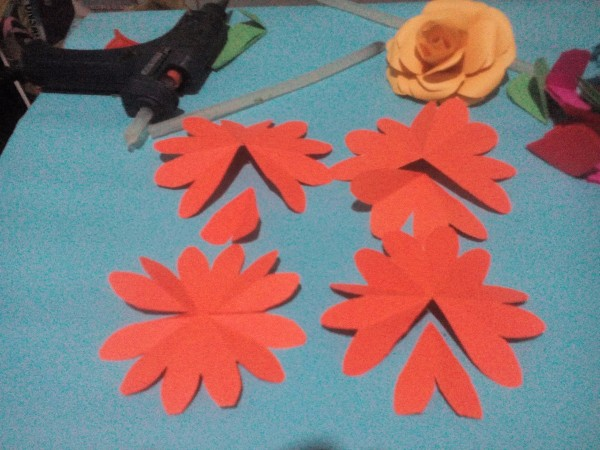 Layered paper flowers thriftyfun layered paper flowers repeat with the slim petaled flowers adjusting the number of petals removed mightylinksfo