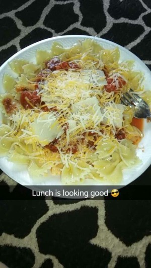 Bow Tie Pasta with Oven Roasted Tomatoes and Cheese
