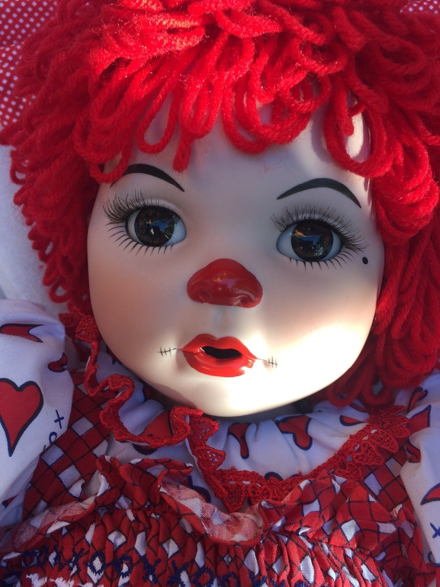 Identifying a Porcelain Clown Doll | ThriftyFun