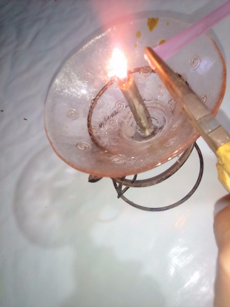 Drinking Straw as Small Travel Containers - seal by holding over a candle