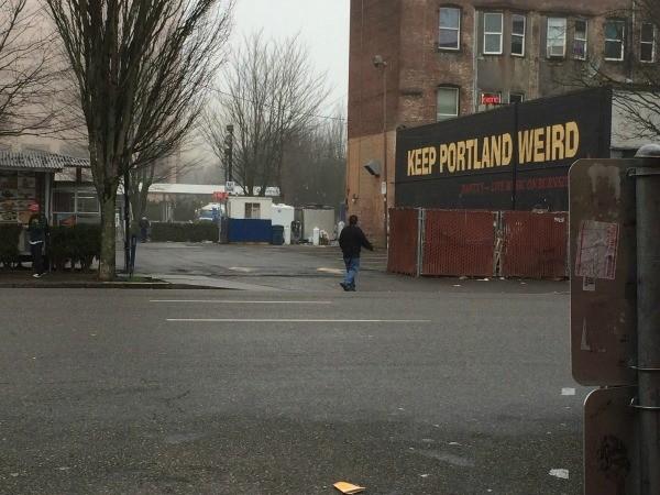 Visting Voodoo Doughnuts (Portland, OR) - rainy day in Portland