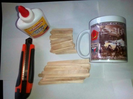 Mug Holder with Goody Compartment - supplies
