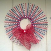 Patriotic Straw Wall Art - finished wreath hanging