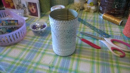 Tin Can Organizers - doily paper with white lace added