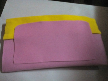 Pouch with Easy Tap Phone Case - add foam edging to pocket using scraps