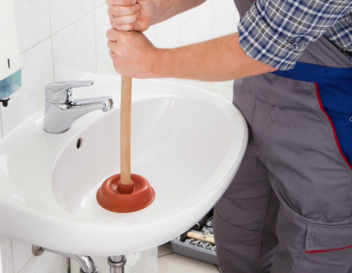 How Do I Clear Standing Water In Bathroom Sink Drain Thriftyfun
