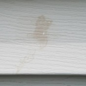 Cleaning Stains Off Vinyl Siding - tan stain on siding