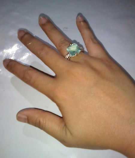 Glue to Make an Oversize Ring Fit - now it fits