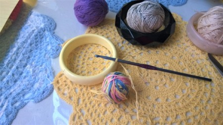 Crochet Covered Bangle - beginning chain