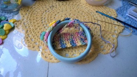 Crochet Covered Bangle - begin sewing it around the bangle