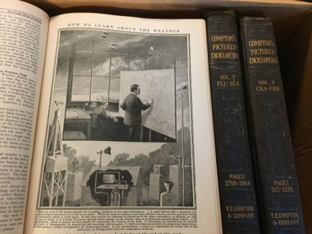 Value of 1922-27 Compton's Picture Encyclopedia - photo inside the encyclopedia