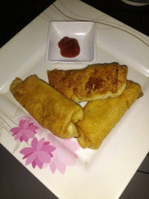 fried rolls on plate