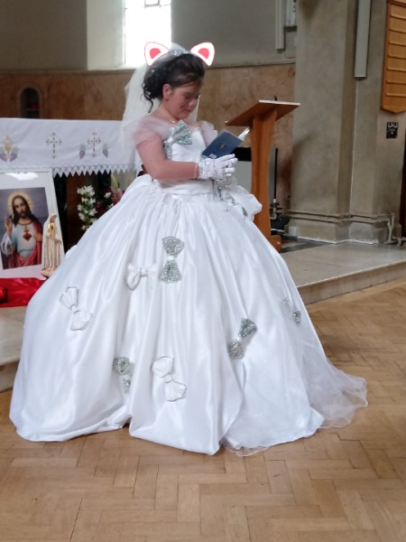 Removing Dirt Stain on a Communion Dress