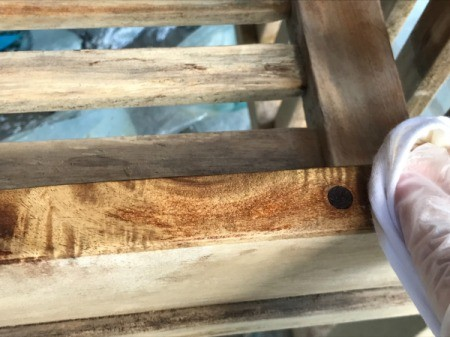 Refinishing Teak Outdoor Furniture - begin wiping on oil