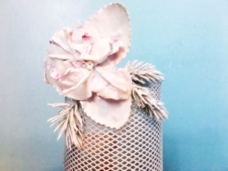 Flour Flower Mesh Cup - all foliage glued in place