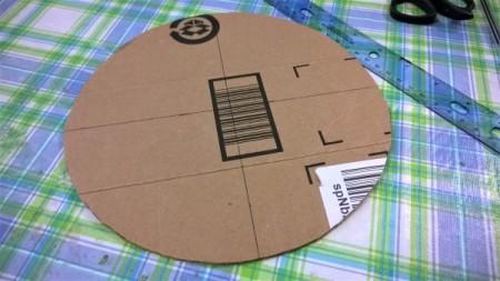 Spiral Yarn Photo Frames - cardboard circle
