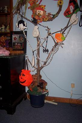 RE: Halloween Tree
