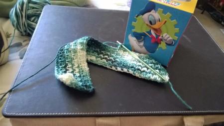 Crochet Tissue Box Cover and Bath Decor - rows of linen stitch