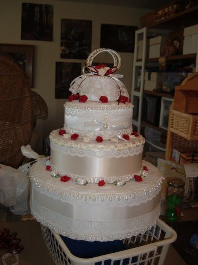 wedding cake made out of towels a towel wedding cake thriftyfun 23110