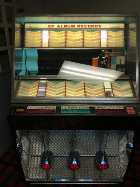 Value of Seeburg Select O Matic 200 High Fidelity - jukebox