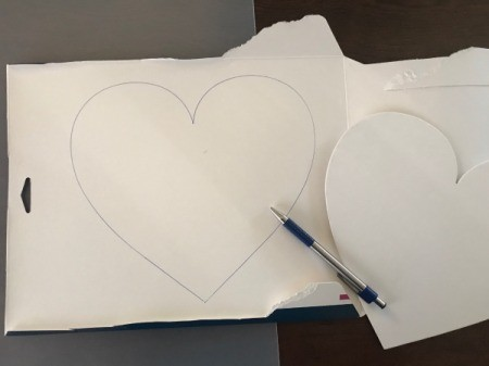 Geometric Paper Heart Decor - trace template on recycle box