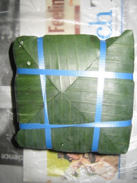 rice cake closed with ribbon