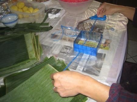 forming banana leaf squares