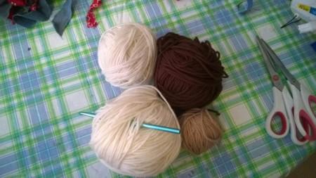 "Crocheted ""Timber"" Neck Pillow Pattern"
