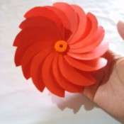 Making Folded Circle Paper Flowers - finished flower
