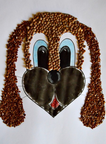 Kids' Artwork - Sweet Puppy Mosaic  - use sponge to paint the bottom part of the face