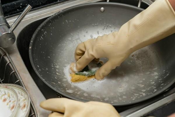Cleaning Burnt Calphalon Pans Thriftyfun