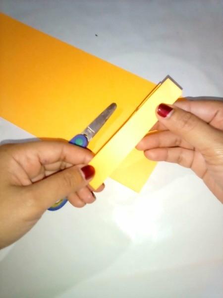 Making a Paper Lantern - handle
