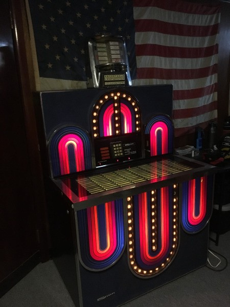 Value of Seeburg Jukebox