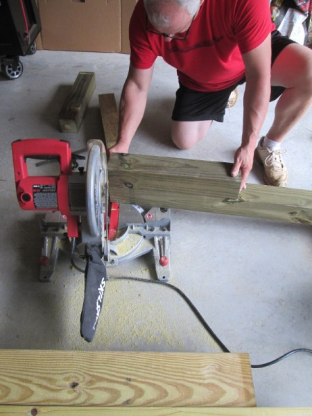 Outdoor Bench Made Easy - cutting the wood to length