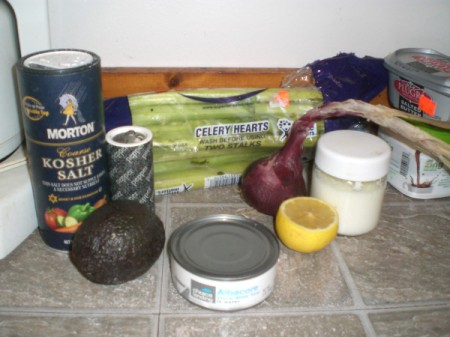 Tuna Stuffed Avocado ingredients