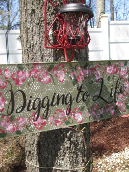 Making Fun Yard Signs - sign on tree