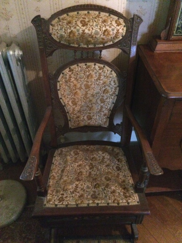 identifying old chairs thriftyfun. Black Bedroom Furniture Sets. Home Design Ideas