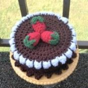 Calorie Free Crochet Cake Decoration - finished cake
