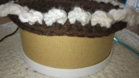Calorie Free Crochet Cake Decoration - once scallops stitched down begin making sides