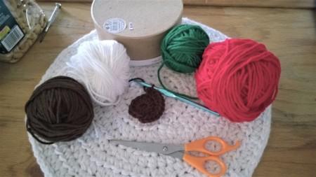 Calorie Free Crochet Cake Decoration - supplies