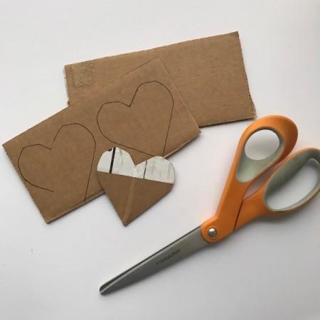 Yarn Heart Garland Decoration - heart shape template and hearts traced on cardboard
