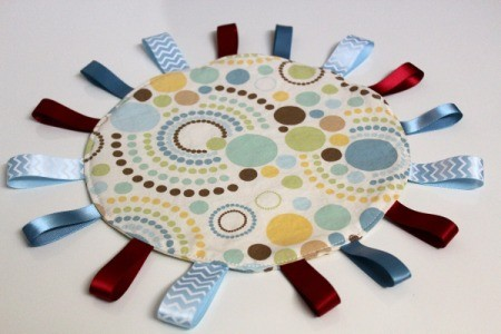 Baby Tag Blankets - round blanket with circle motif fabric