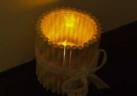 Drinking Straw Candleholder - a real tea light looks prettier but be safe