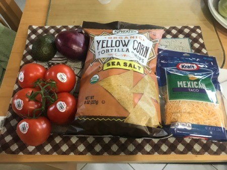 Toaster Oven Chicken Nachos ingredients