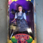 Value of Collectible Dolls and Figurines  - Dorothy figurine from Wizard of Oz