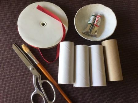 Cardboard Tube Christmas Ring Wreath - supplies