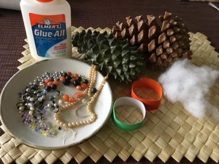 Christmas Pinecones - supplies